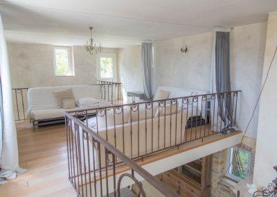 Le dortoir est situé au premier étage du mas d'élise