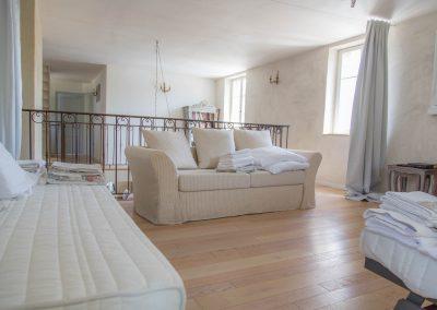 Canapé convertible du dortoir du mas d'élise